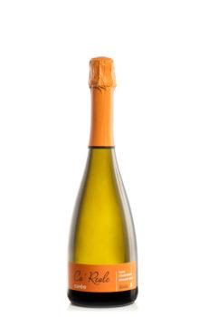 bottiglia di vino bianco spumante